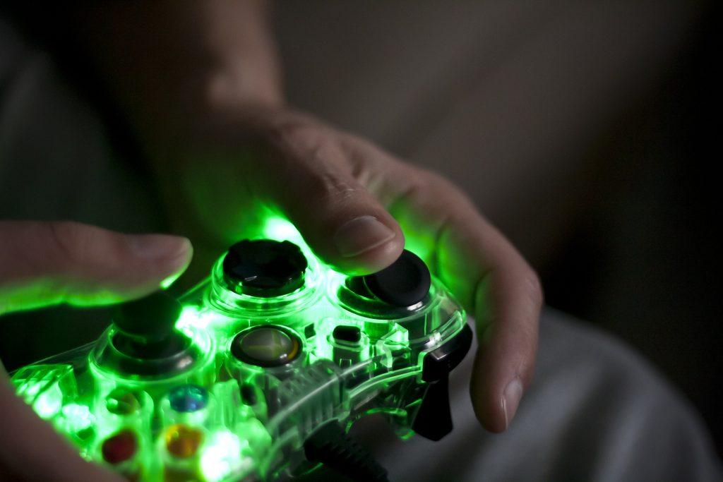 Mando PS4 de neón